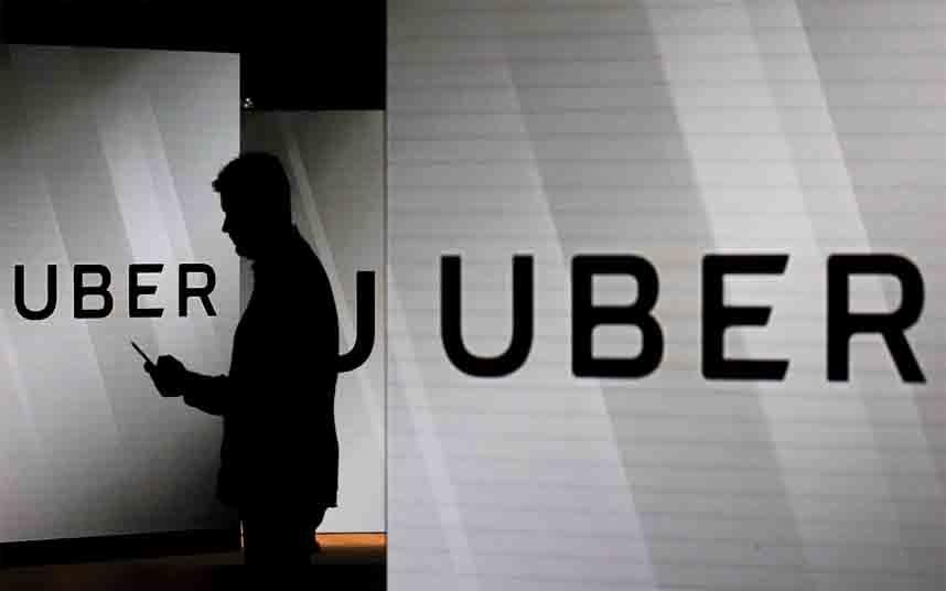 Cómo Uber crea una crisis política local, y después presiona al estado para que la resuelva