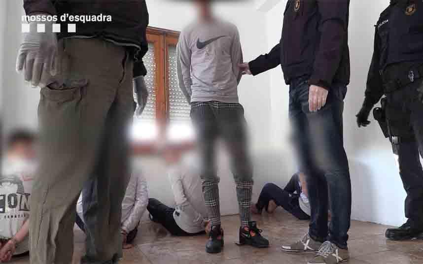 Desarticulan un grupo especializado en los robos violentos en zonas turísticas de Barcelona
