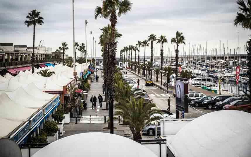 Los restaurantes del Puerto Olímpico de Barcelona seguirán abiertos hasta que empiecen las obras del Moll de Gregal