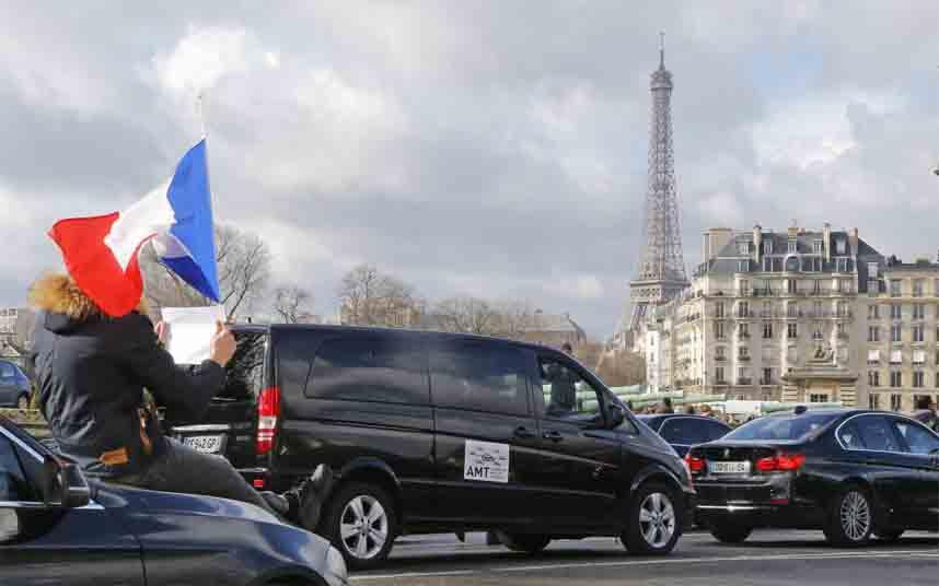 Los tribunales franceses dictaminan que los conductores de Uber son empleados