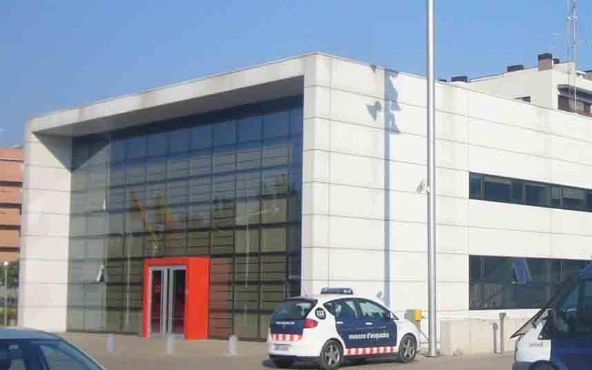 Detenidos tres hombres por robos en establecimientos de Sant Just y Esplugues