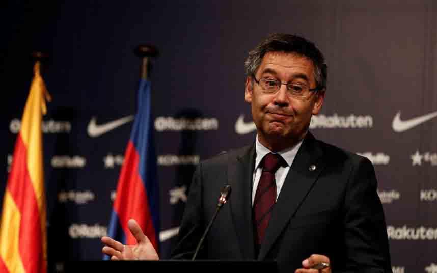 Dimiten en bloque seis directivos del Barça