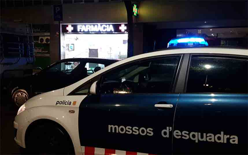 Los Mossos intensifican las patrullas alrededor de farmacias y supermercados
