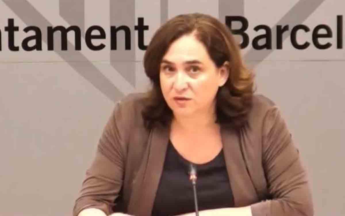 EN DIRECTO:Ada Colau comparece para informar sobre el futuro de la planta de Nissan