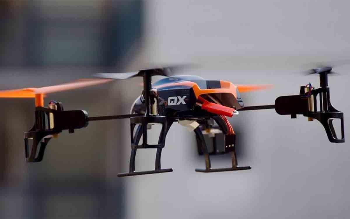 Investigan a un operador de drones por presentar documentación falsa en una autorización para sobrevolar Girona