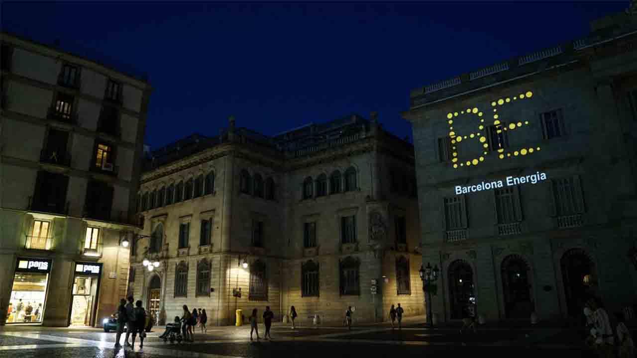 Barcelona Energía abarata las tarifas de la luz
