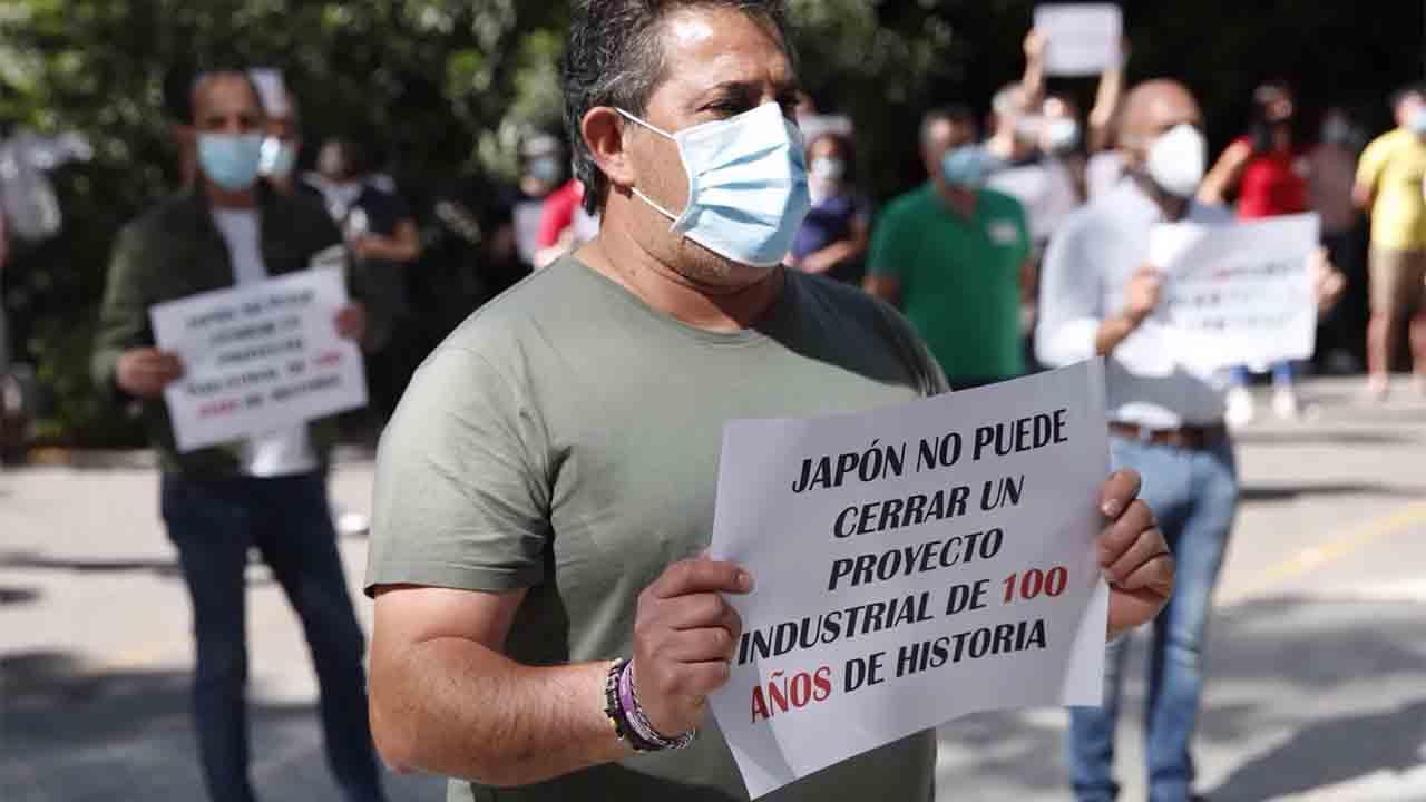Los taxistas de Barcelona organizan una marcha en apoyo a los trabajadores de Nissan