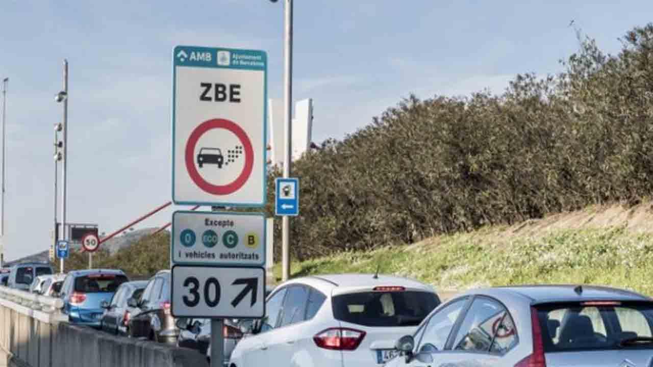 Reactivación de la Zona de Bajas Emisiones en las rondas de Barcelona