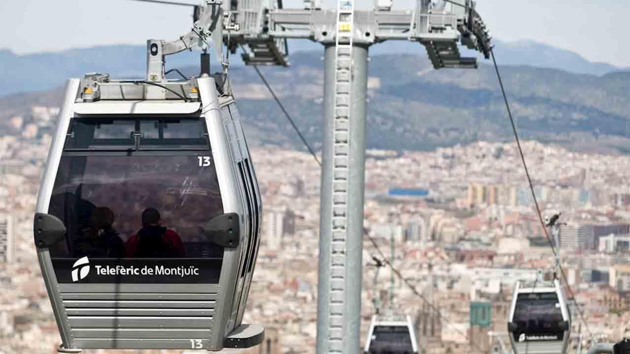 Se agotan las entradas gratuitas para el funicular y el teleférico de Montjuïc en su reapertura