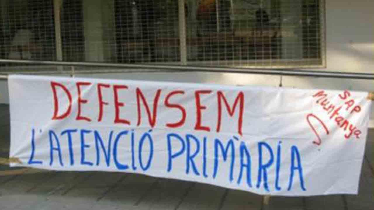Vecinos de Nou Barris inician una campaña de apoyo a la atención primaria