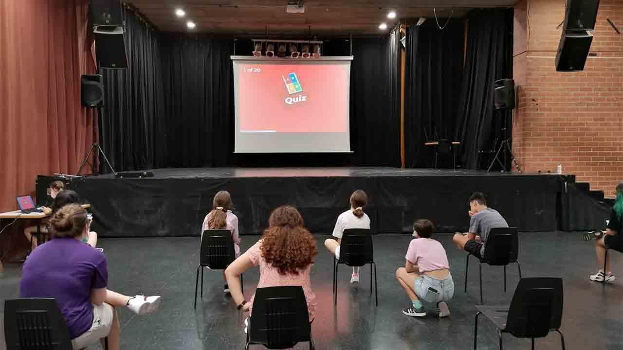 Actividades gratuitas en Barcelona para adolescentes y jóvenes durante el verano