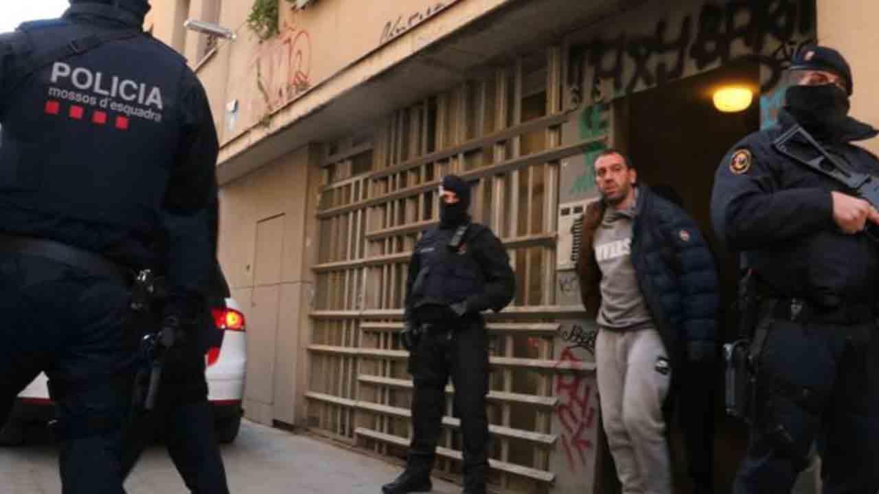 Operación contra el terrorismo yihadista en la Barceloneta