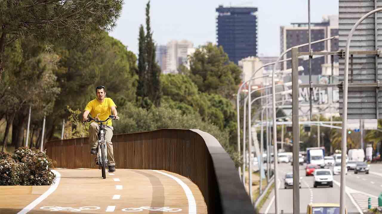 El AMB aprueba tres convocatorias de subvenciones para la movilidad sostenible por valor de 3,25 millones