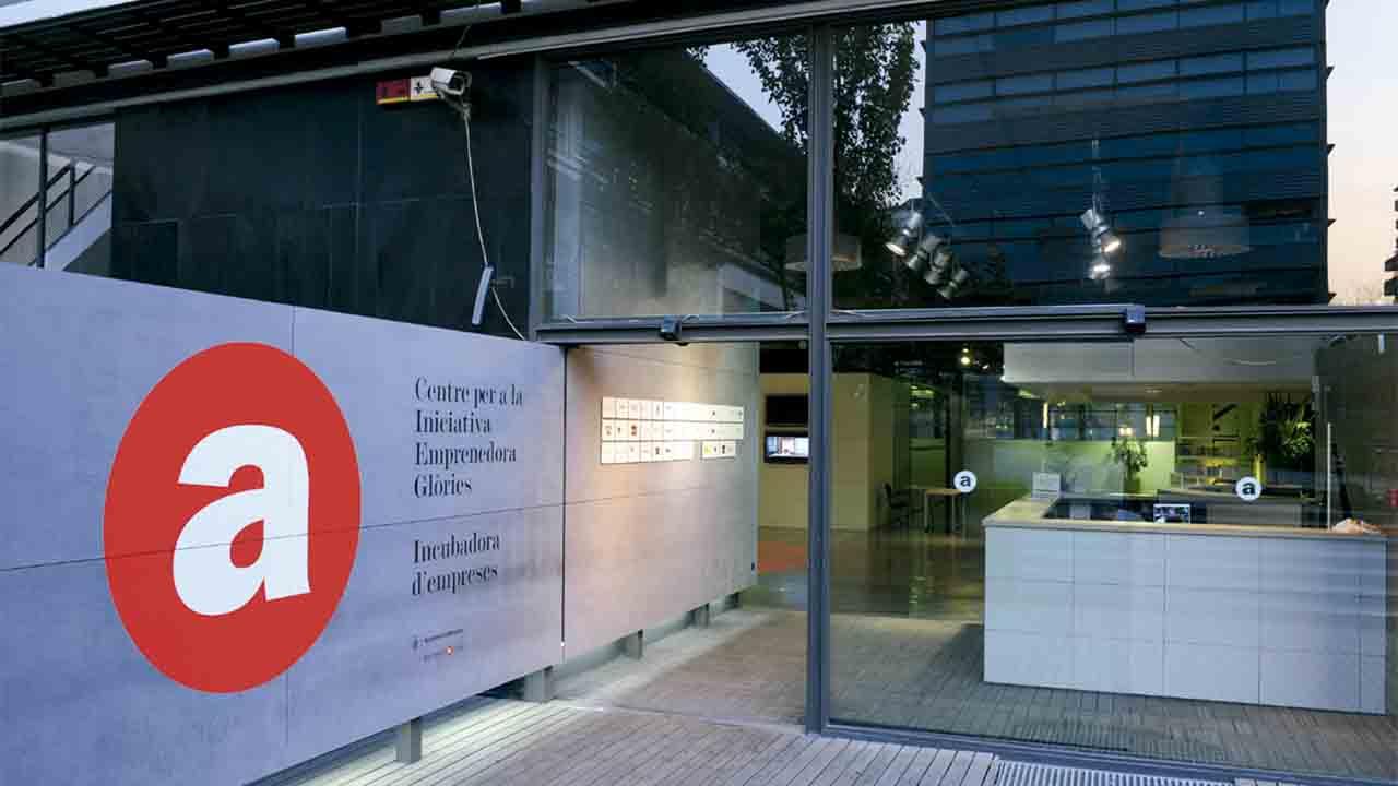 Se incrementan los participantes a los cursos online de Barcelona Activa
