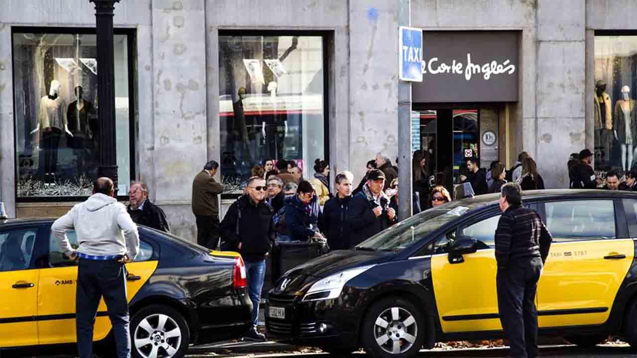 Descuentos en los comercios para quien viaje en taxi a Ciutat Vella