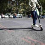 Muere el conductor de un patinete en un accidente de tráfico en Barcelona