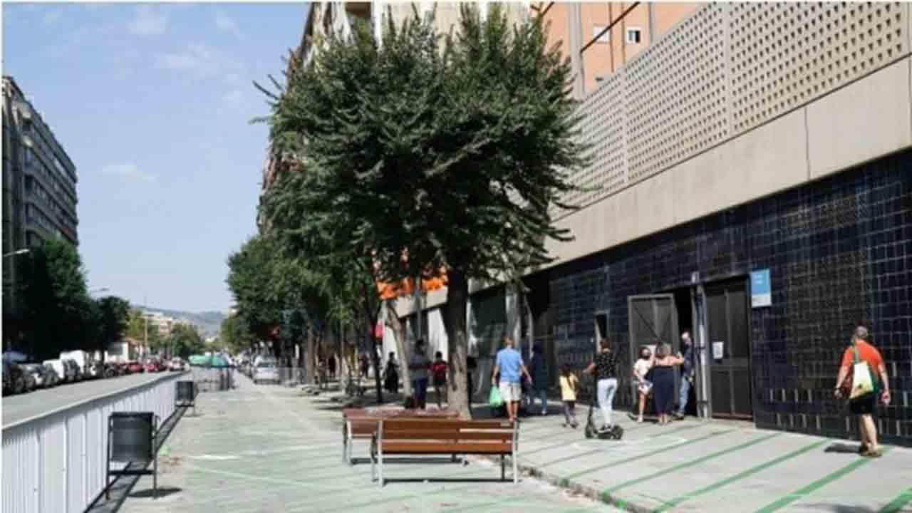 Barcelona prevé reducir el tránsito y la velocidad en el entorno de 78 escuelas