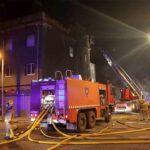 2 muertos y 20 heridos en el incendio de una nave en Badalona