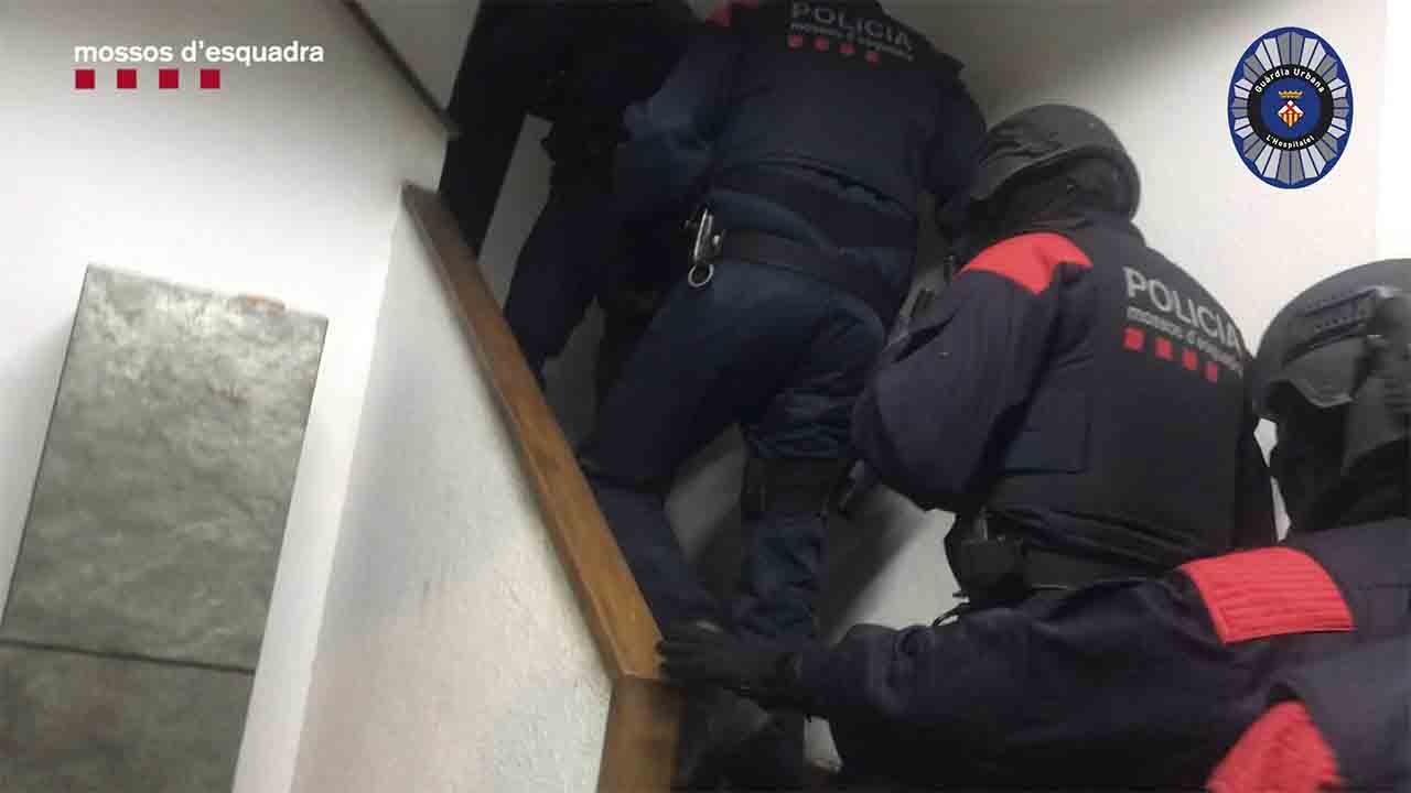 Desmantelan un narcopiso en L'Hospitalet de Llobregat