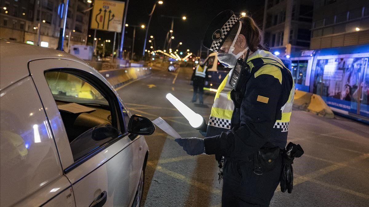 La Guardia Urbana hará cumplir las medidas del PROCICAT la noche de Fin de Año