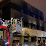Localizado un tercer cadáver en la nave incendiada de Badalona