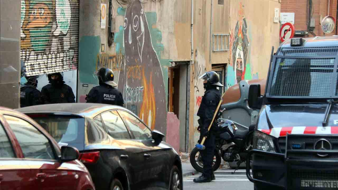 Desalojado un local de ladrones multirreincidentes en Hostafrancs