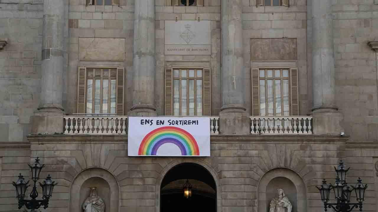 El Ayuntamiento de Barcelona firma financiación con KutxaBank, Bankia y Caixa Enginyers