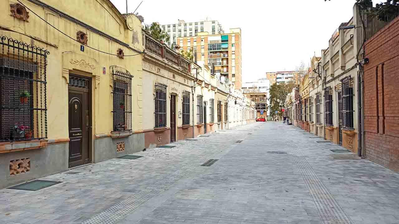Finalizan las obras del pasaje Antoni Gassol en Sant Martí