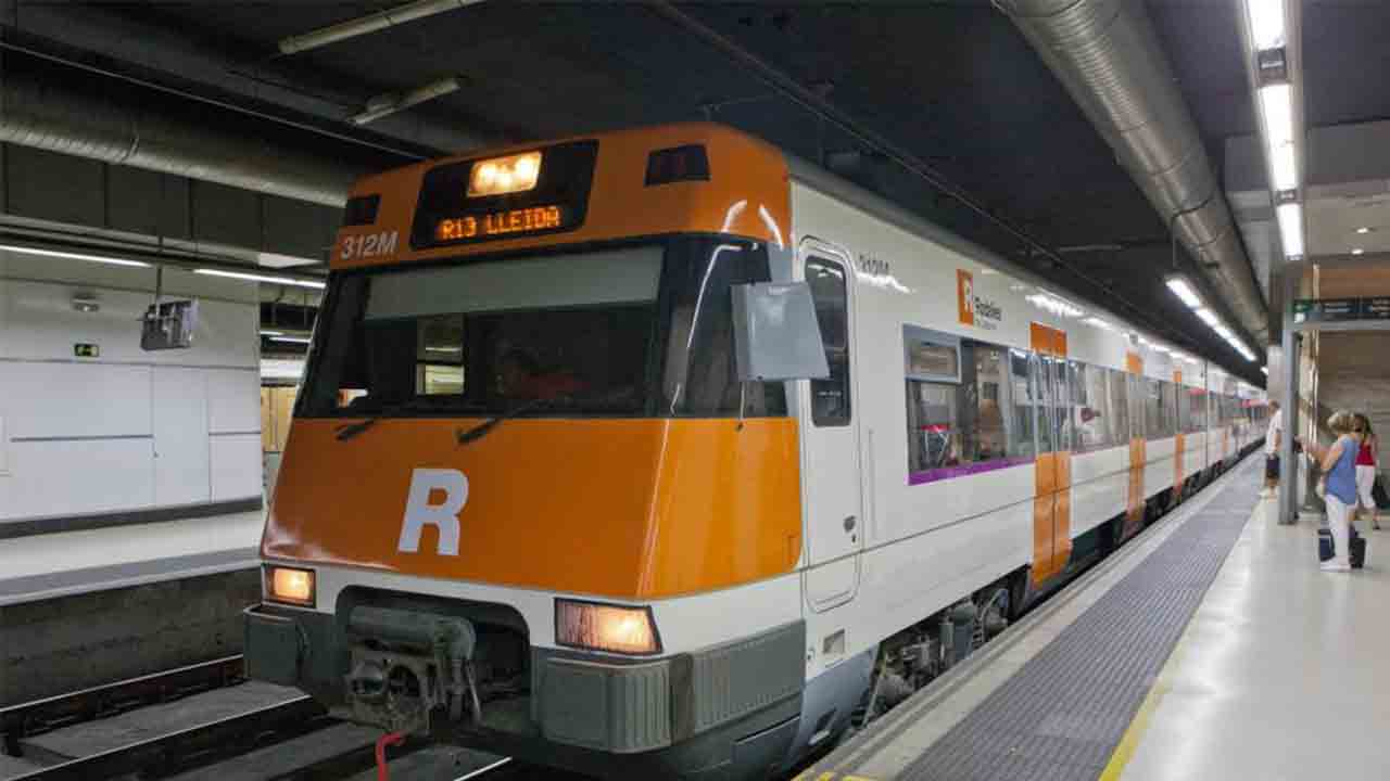 Retrasos en las líneas R1, R3 y R4 de Cercanías por una avería