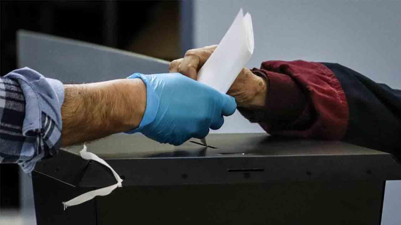 Dossier preelectoral a las elecciones al Parlament de Catalunya del 14-F