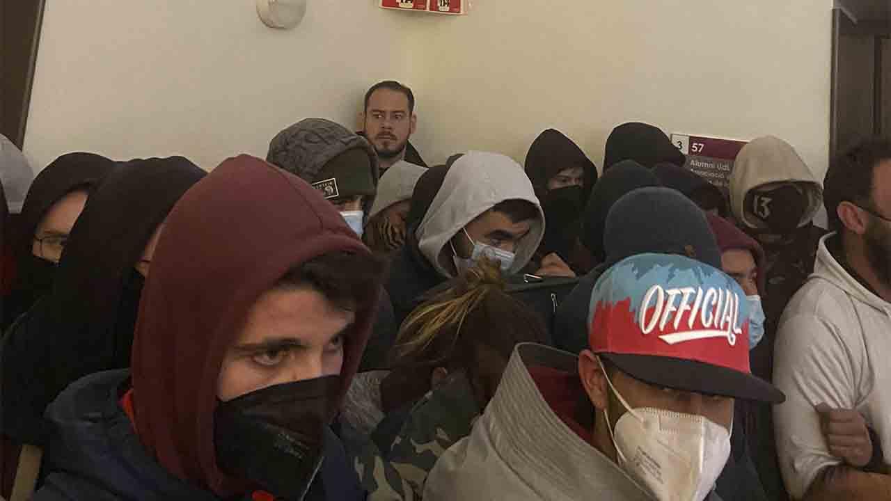 Los Mossos detienen a Pablo Hasél en la Universidad de Lleida