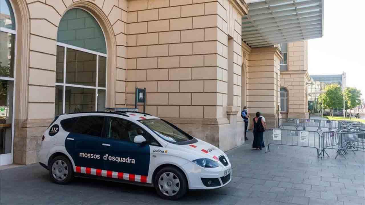 Los Mossos refuerzan los controles en vías rápidas y estaciones del AVE