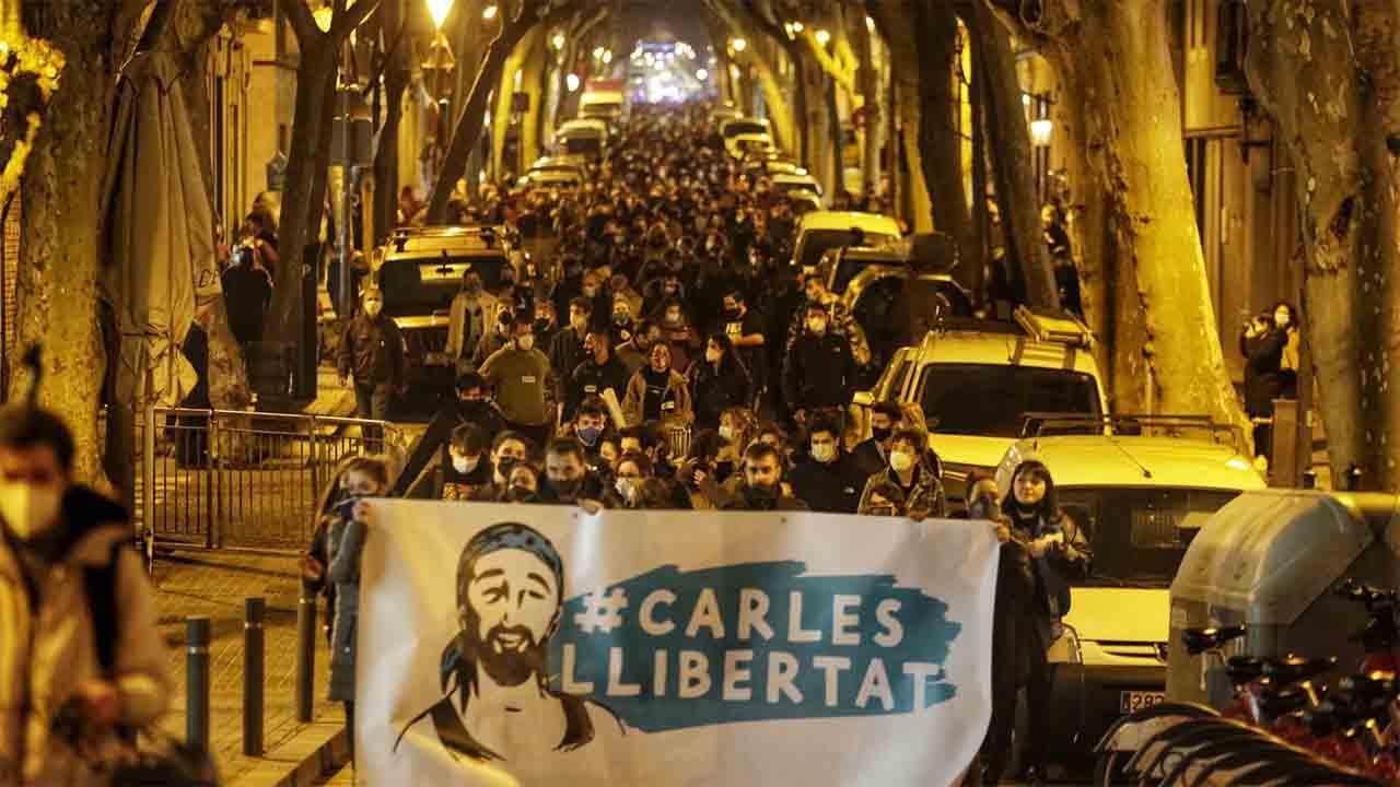 Manifestación en Sants por el vecino encarcelado
