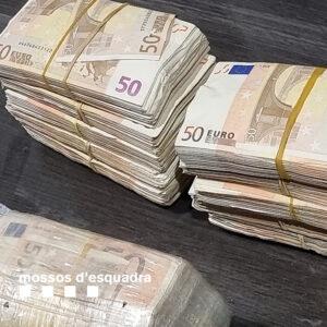 Desmantelado un clan familiar de tráfico de drogas en Sants-Montjuïc