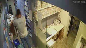 Detenido un multireincidente por robos violentos en comercios de Nou Barris