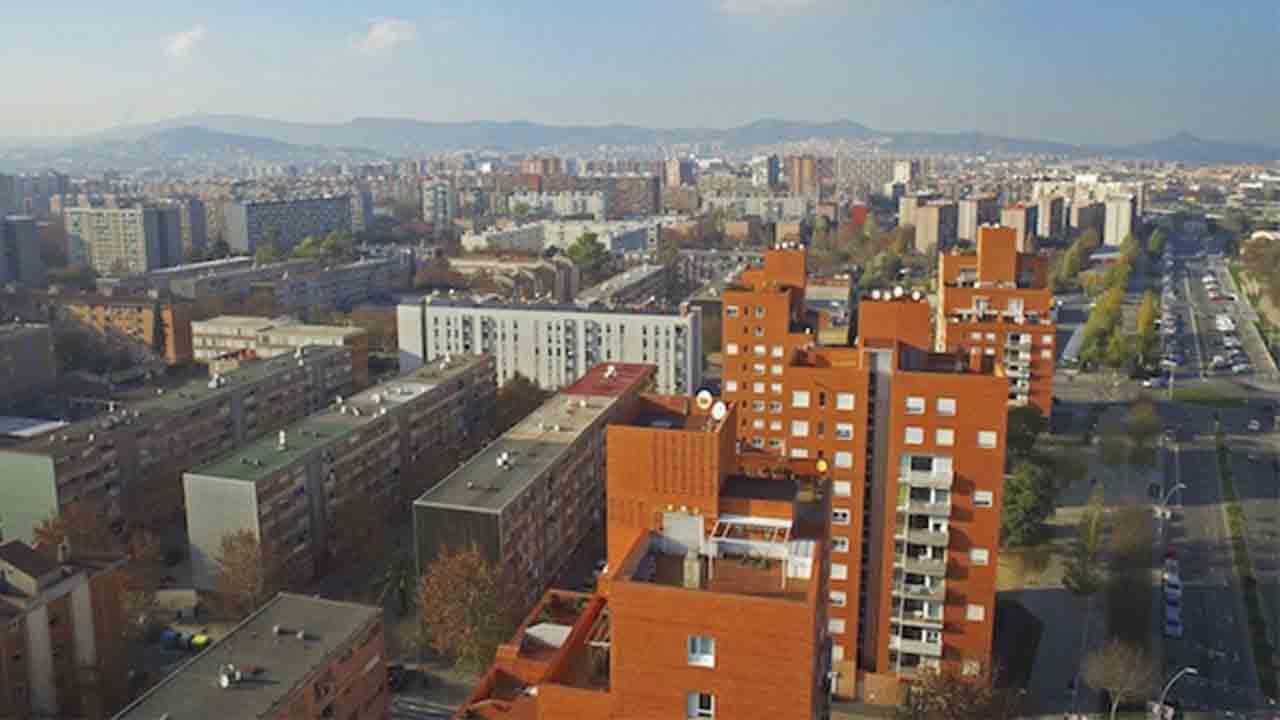 El Ayuntamiento constituye una comisión de trabajo para El Besòs i el Maresme
