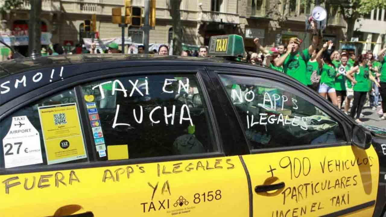 El taxi de Barcelona en pie de guerra contra Uber