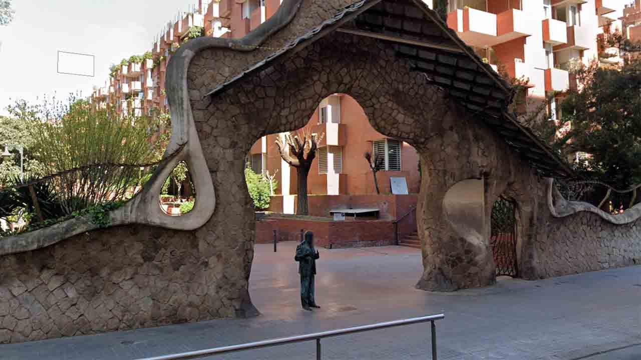 Monumento a Antonio Gaudí