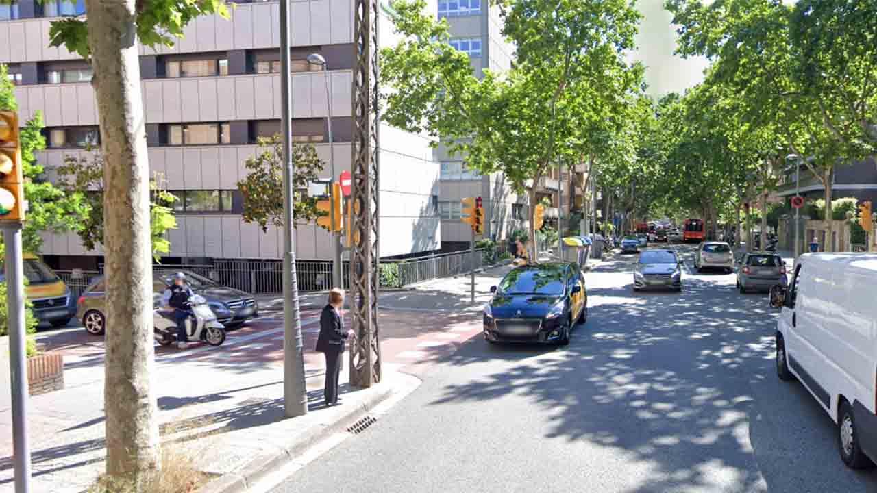 Muere el menor atropellado por un coche en Sarrià-Sant Gervasi