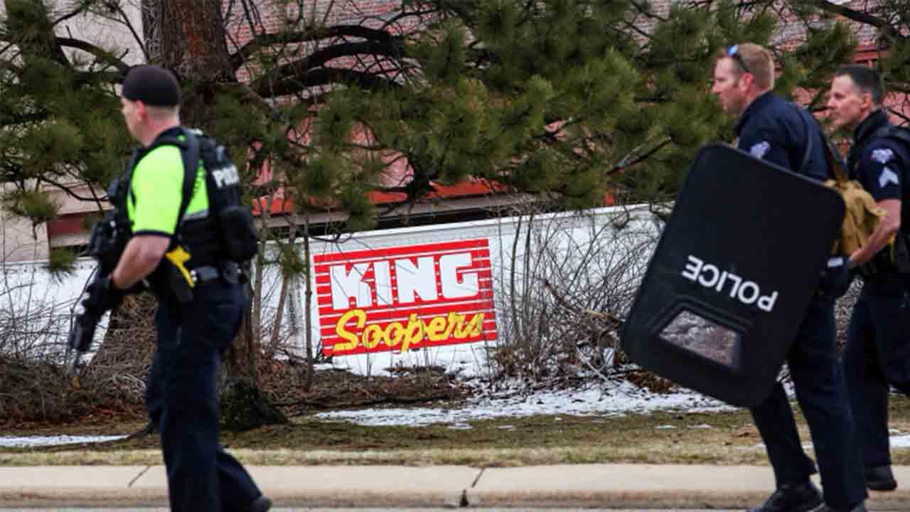 Tiroteo en Colorado: Un hombre armado mata a 10 personas en un supermercado