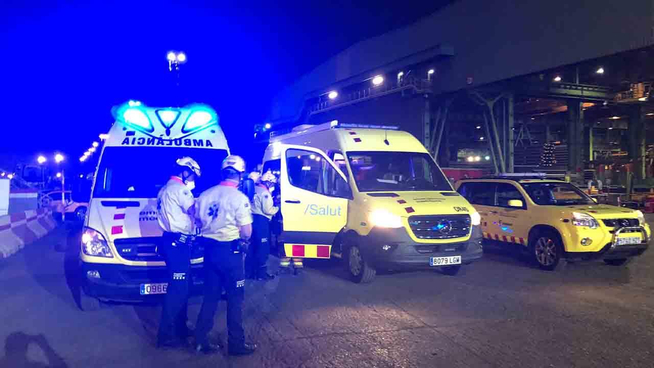 Varios heridos en la explosión de una fundición en Castellbisbal