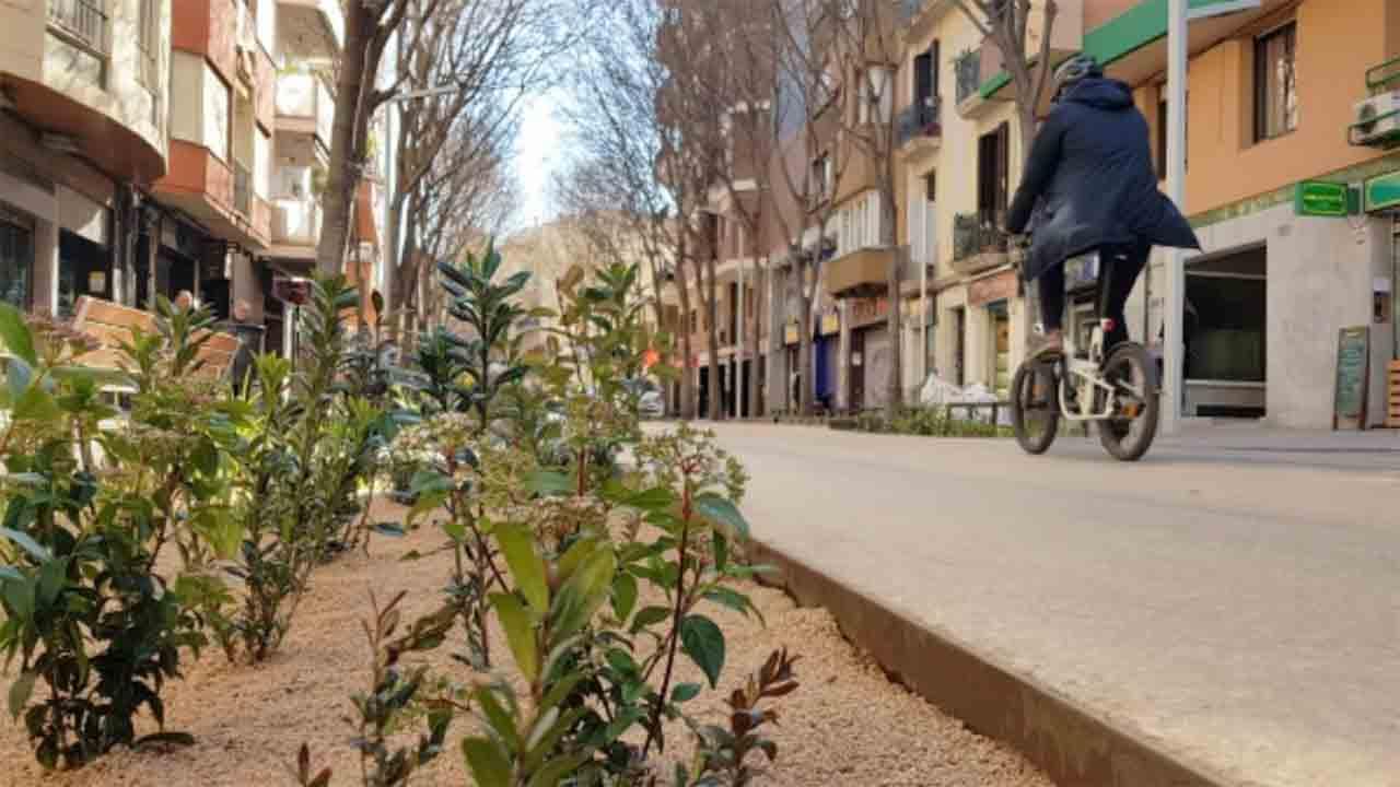 Continúa la pacificación de la calle Gran de Sant Andreu