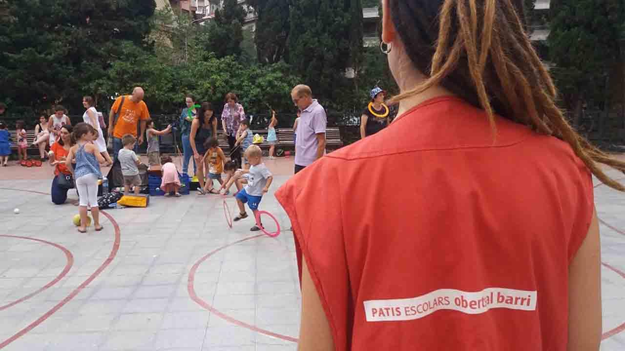 Barcelona vuelve a abrir los patios de las escuelas los fines de semana