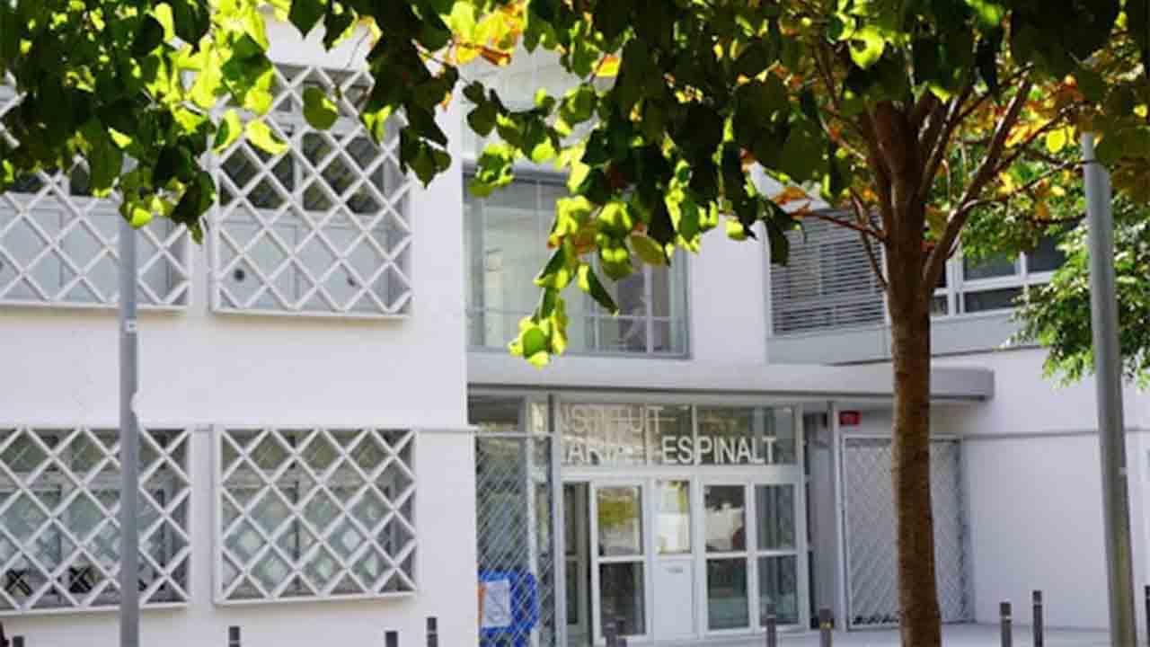 El Instituto María Espinalt consolida su proyecto en el nuevo edificio de Poblenou