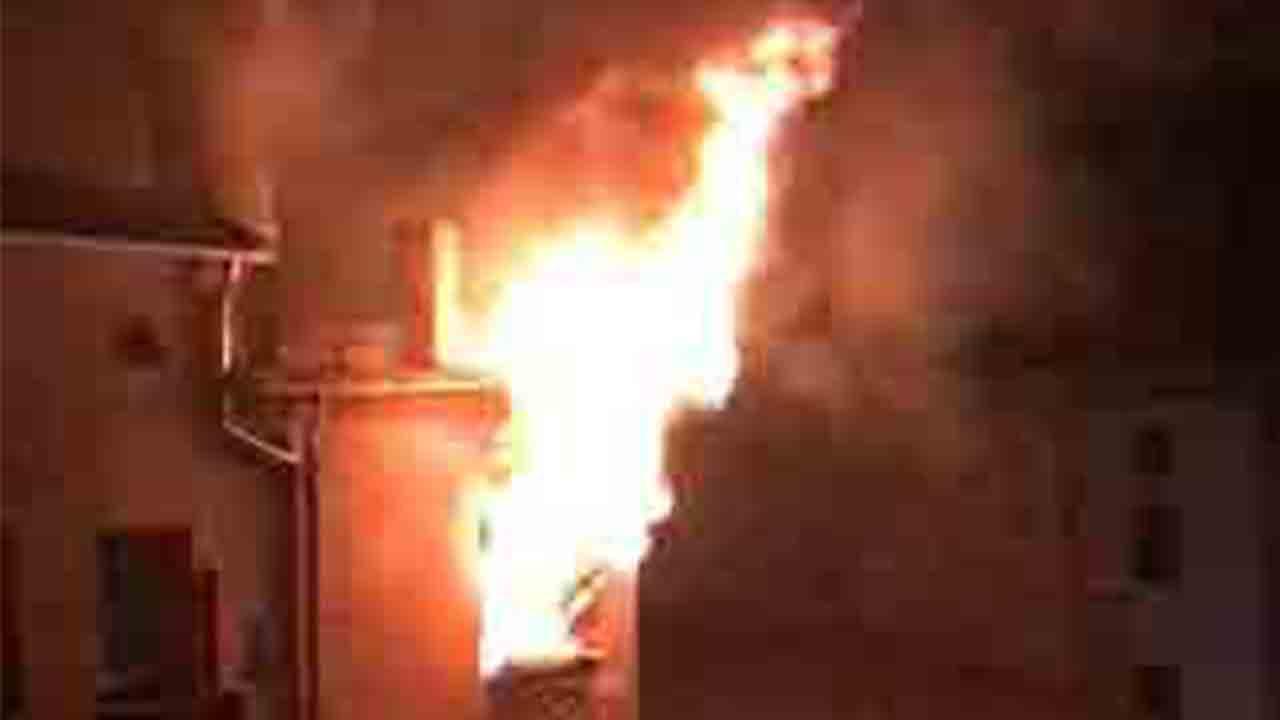 Once pisos desalojados en Manresa por un incendio