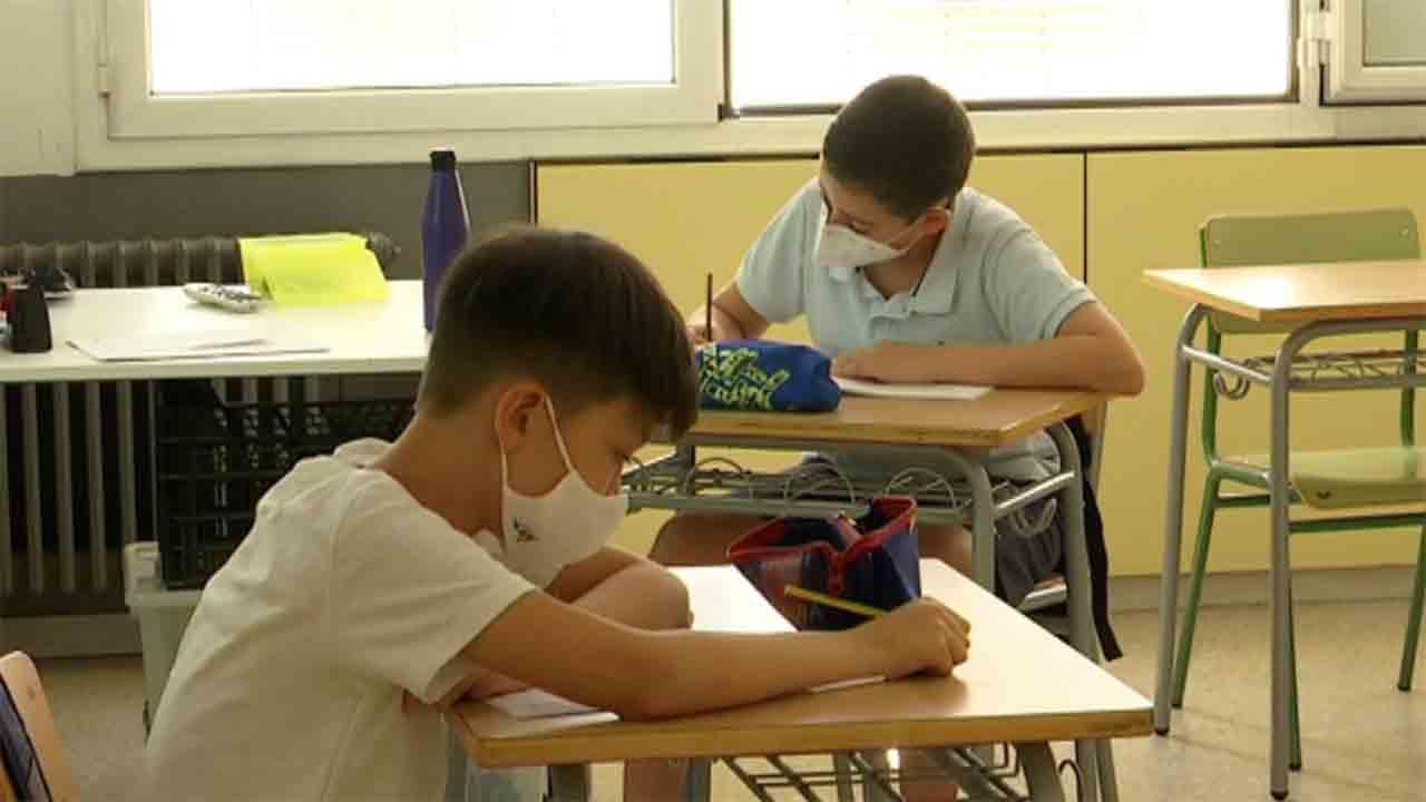 Proyecto para el nuevo instituto escuela Rec Comtal en Trinitat Vella