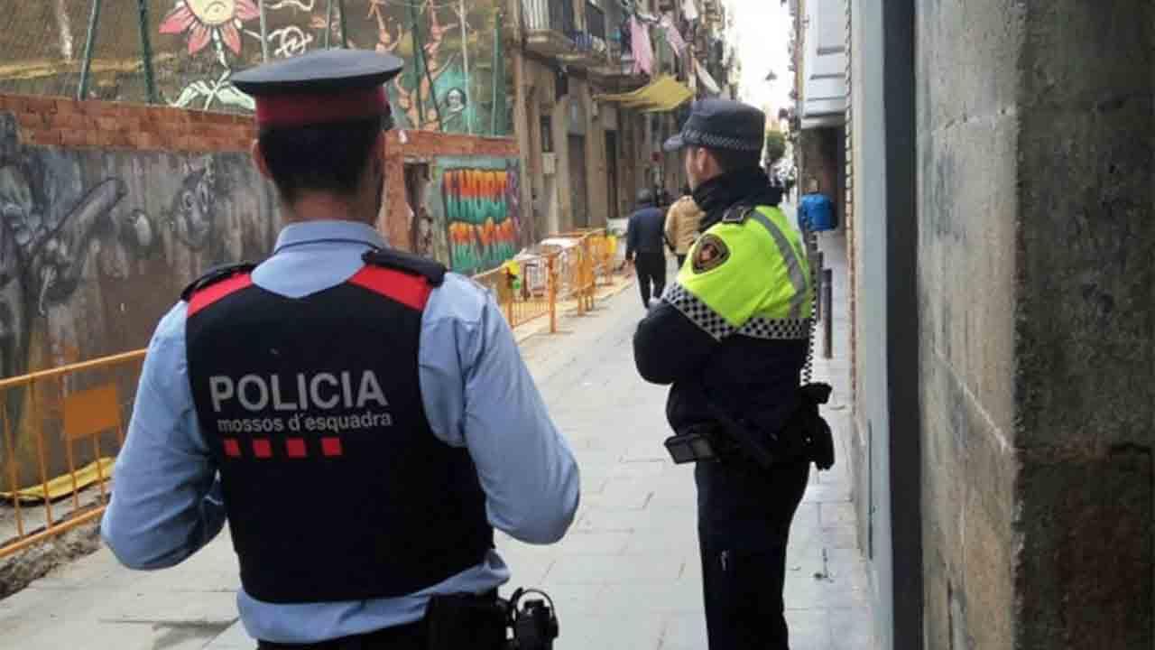 Guàrdia Urbana y Mossos intensifican las patrullas en las zonas con más robos