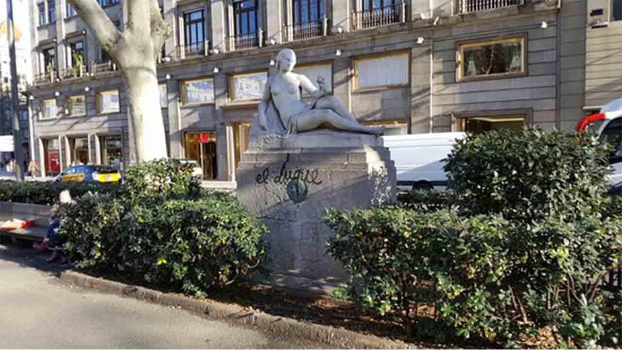 Monumento a Francesc Soler Rovirosa