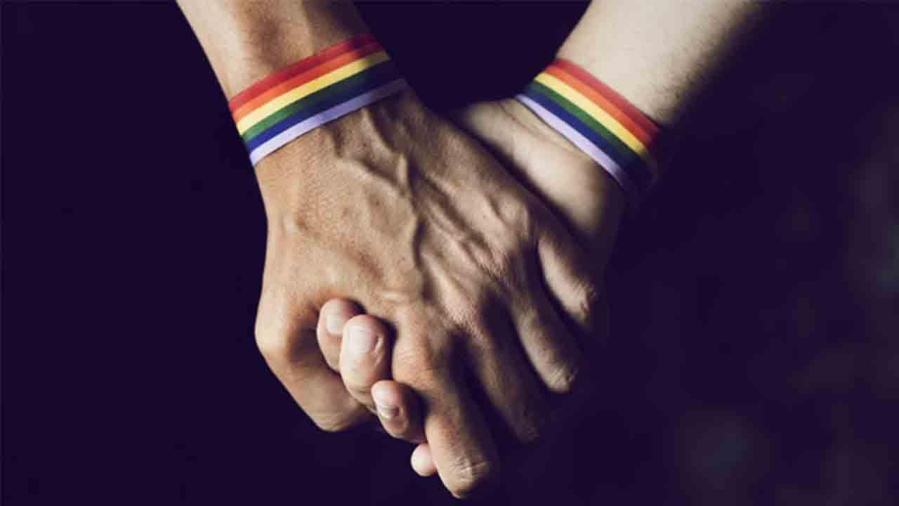 Dos detenidos por delitos de odio y homofobia en Vilafranca del Penedés