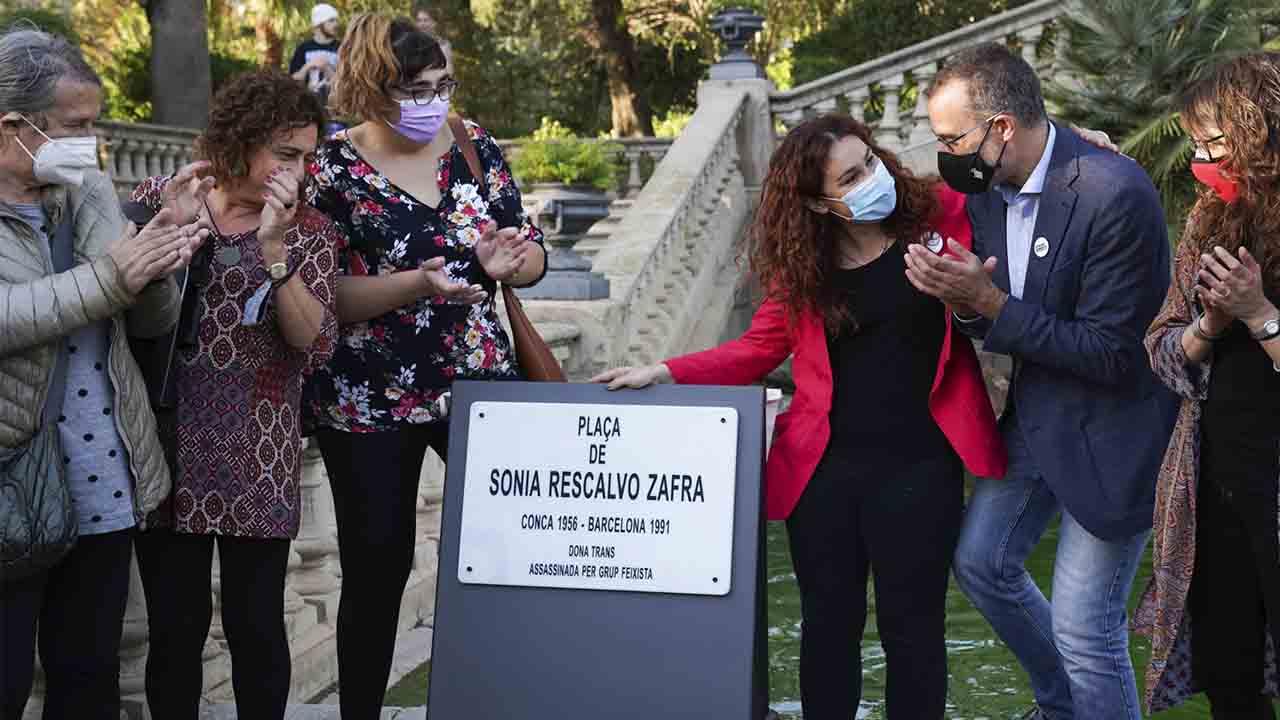 Barcelona dedica una plaza a Sonia Rescalvo en la Ciudadela, asesinada por ser transexual